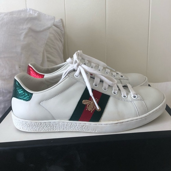 gucci tennis shoes with bee cheap online